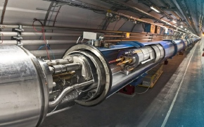 CERN LHC'de Evrenin Baslangicindakine Benzer Plazma Olusturuldu