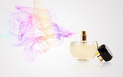 Parfüm Gerçeğine Dair