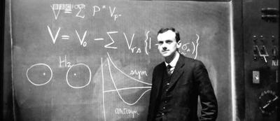 Paul DIrac: Tanrı büyük bir matematikçidir.